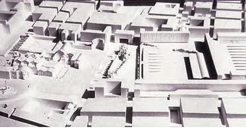 Piazza dei Cinquecento 4